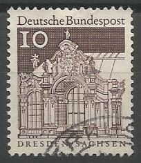 architect: Zwinger (Dresden), 1717-1728